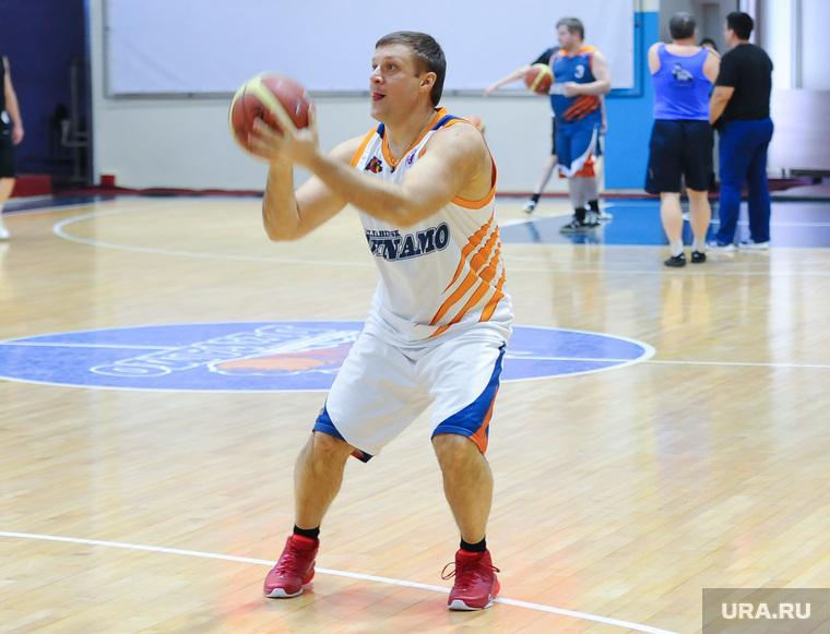 Товарищеский матч по баскетболу журналистов и администрации БК
