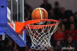Спортивные клубы Екатеринбурга, баскетбол, баскетбольное кольцо, мяч в корзине