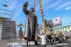 Установка памятника Тимофею Невежину в Кургане., красношеина ольга, памятник тимофею невежину