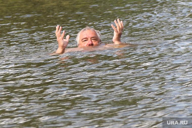 Рейд МЧС по пляжам Курган, купающиеся