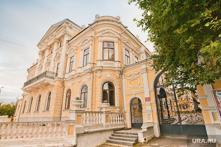 Старые здания Перми., музей, город пермь, дом мешкова