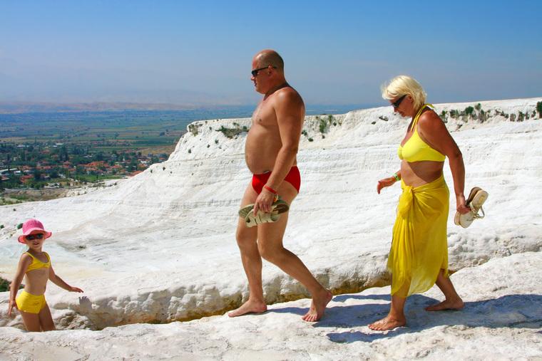 Клипарт depositphotos.com, туристы, турция, достопримечательности турции, памуккале, травертин