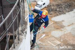 Субботник на Белой Башне. Екатеринбург, промышленный альпинизм, покрасочные работы