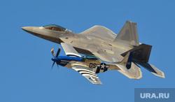 Геи, ЛГБТ, больница, капельница, операционная, маг, волшебник, американский военный самолет, военный самолет сша, истребитель, самолет f-22 raptor, самолет p-51 mustang