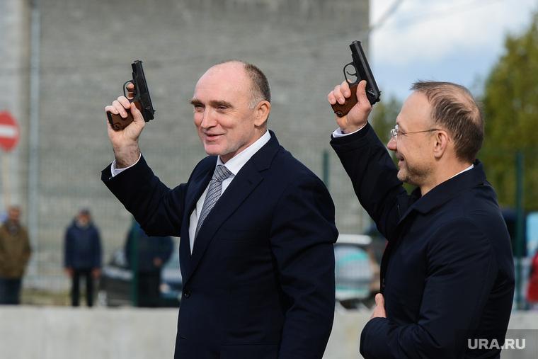 Встреча Бориса Дубровского и Игоря Алтушкина в Карабаше, пистолет, алтушкин игорь, дубровский борис