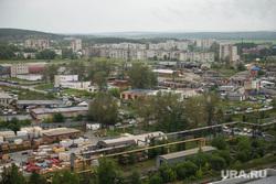 Выдвигают кандидата от ЕР, а посол губернатора называет другую фамилию.  В Свердловской области массово назначают мэров. И каждый раз весело, с интригой