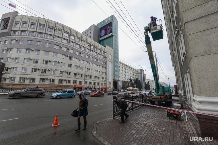 ВЧелябинске кприезду Владимира Путина моют автобусы имаршрутки