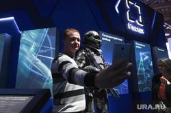 Выставка «Россия, устремлённая в будущее» в Манеже. Москва, ростех