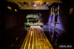 4-ая Уральская индустриальная биеннале современного искусства за два дня до открытия. Екатеринбург, современное искусство, болото, инсталляция