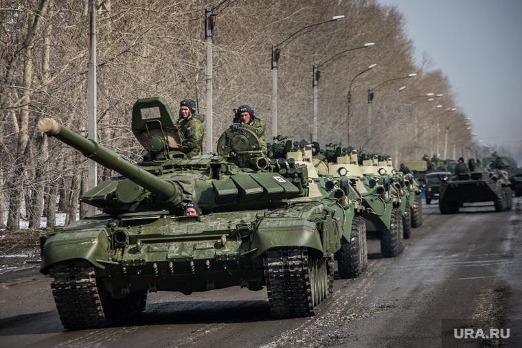 Первая официальная репетиция парада на улице Новосибирская 2-ая. Екатеринбург, военная техника, танки