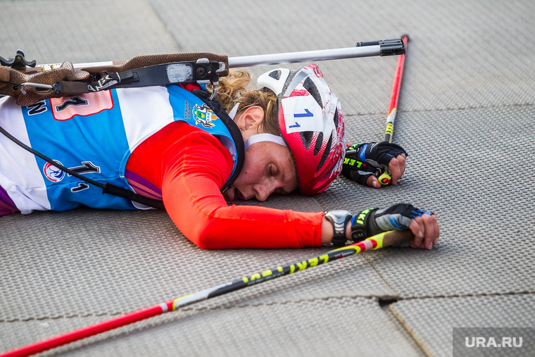 Летний биатлон. Чемпионат мира-2014. Тюмень, биатлон, финиш, романова яна, усталость, спортсмен