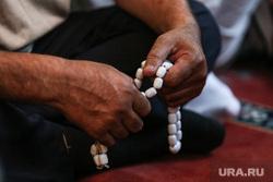 мусльманский праздник Ураза-байрам. Сургут, мусульмане, четки