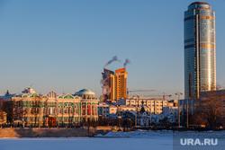 Снежный Екатеринбург, набережная исети, антей, бц высоцкий