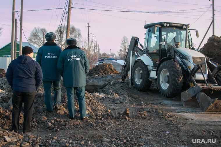 ВЗауралье из-за дорожной аварии 12 000 человек трое суток сидят без воды