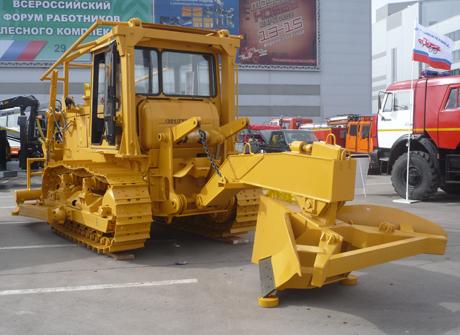 Челябинский тракторный завод выполняет соглашение с Рослесхозом. Регионы получат технику