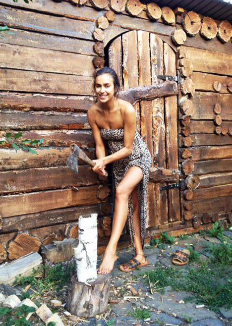 Частное фото женщин на даче