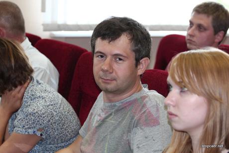 Екатеринбургские блогеры, обсудившие с Бородиным Сагру и Махнево, не поверили генералу. «Версия режет слух», «Выглядит все это нелепо». Силовик: «Не пойман - не вор»