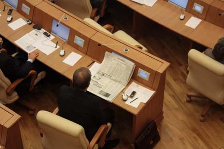 В Заксобрании разразился скандал: сбой системы едва не сорвал выборы. «Это был спектакль Воронина». Что случилось