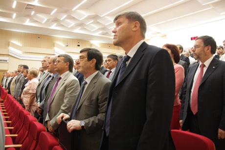 Мишарин представил бюджетное послание на три года: обещан новый социальный проект, каждому министру объявили главную задачу, а потом налогоплательщики оценили, как тратятся их деньги