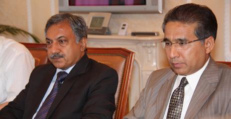 Год назад президент Пакистана поразил Екатеринбург тем, что запросто сходил в сувенирную лавку. Сегодня на Урале спецдесант исламской республики. Что сделали