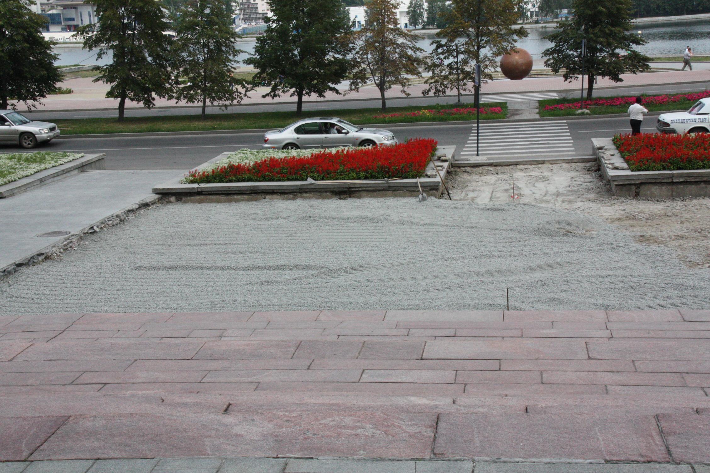 Свердловчане остались без главной площадки «народного гнева». Там можно было достучаться до власти. Теперь нельзя - все ради красоты и единообразия