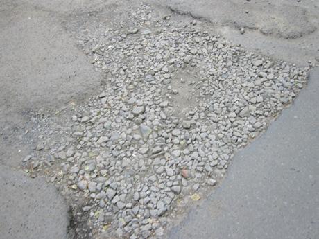 Мишарин объяснил, почему в Екатеринбурге плохие дороги. И сделал предложение автолюбителям