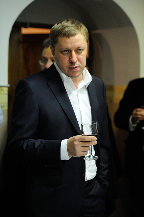 Михаил Максимов вернулся в Екатеринбург! На выходные. И сразу засветился на светском VIP-рауте