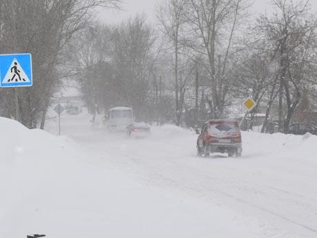 На малой родине Мишарина – опять проблемы, да еще какие! В целях безопасности ГИБДД перекрыла все дороги