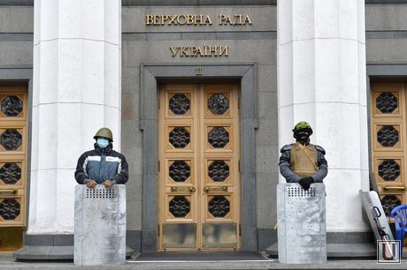 Верховная Рада в руках оппозиции. Майдан. Киев. Украина, революция, верховная рада