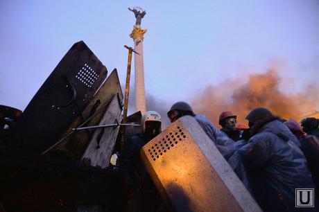 Майдан. Киев. Украина. Ночь 19-20.02.14 Конец перемирия, майдан, беспорядки, бойцы, война