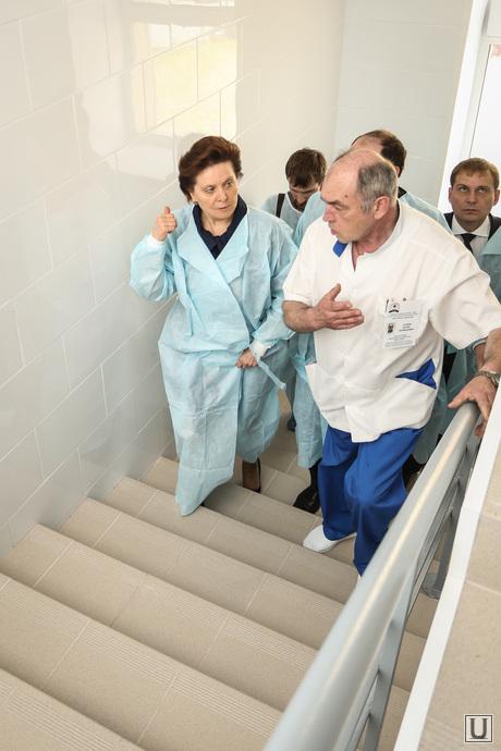 Визит Комаровой в ожоговое отделение городской клинической больницы г.Сургута, комарова наталья