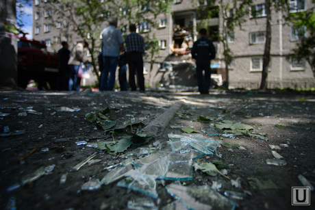 Взрыв на Сыромолотова, 28. Екатеринбург, битое стекло