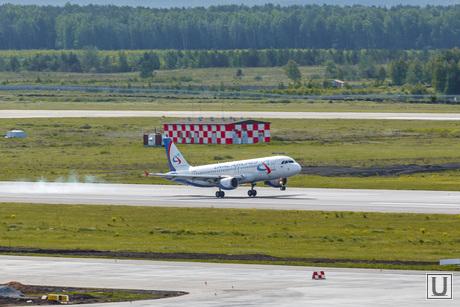 Споттинг в Кольцово. Екатеринбург, самолет, взлетная полоса, уральские авиалинии, аэропорт, Airbus А321, взлет