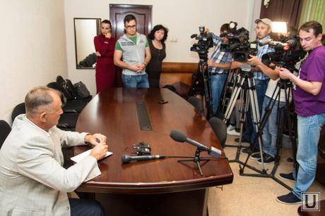 Роспотребнадзор. Дети отравились. Нижневартовск., интервью, журналисты, пресс-конференция