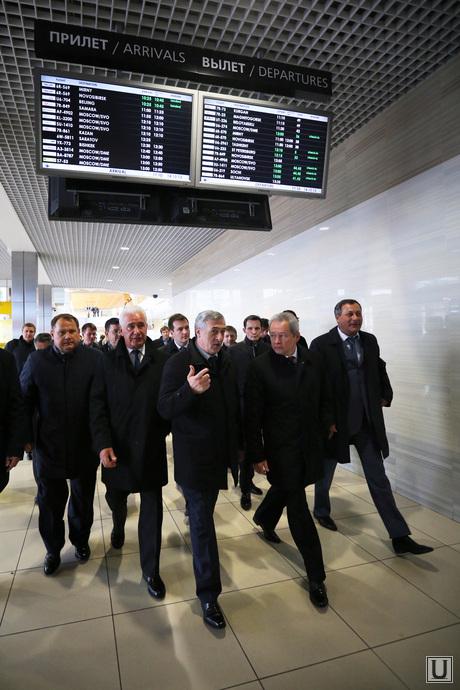 Пермская делегация в Кольцово и в Академическом, аэропорт кольцово, пермские чиновники, пермская делегация