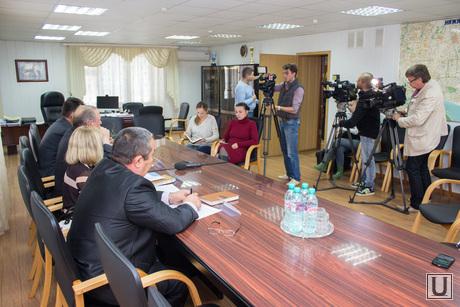 Пресс-конференция ЖКХ. Нижневартовск., камеры, журанилсты, пресс-конференция