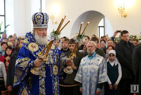Клипарты, служба в храме, священнослужитель, патриарх кирилл, освящение храма