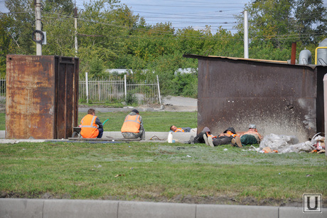 Ремонт дорог Курган. Сентябрь 2014 года , ремонт дорог курган, кольцо у танка