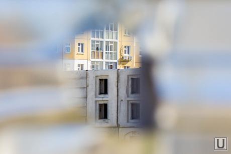 Недостроенные садики. Нижневартовск., долгострой, стройка, дырка в заборе