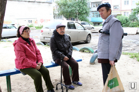 Курган перед выборами, жители дома, криволапова 48