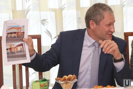 Встреча депутатов гордумы с Кокориным  Курган, кокорин алексей