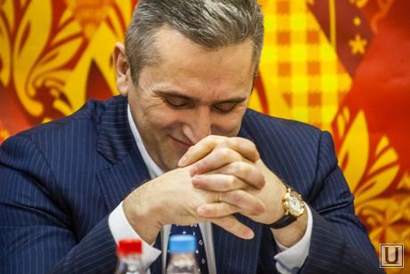 пресс-конференция факелоносцев Олимпийского огня. Тюмень, моор александр, глава администрации Тюмени