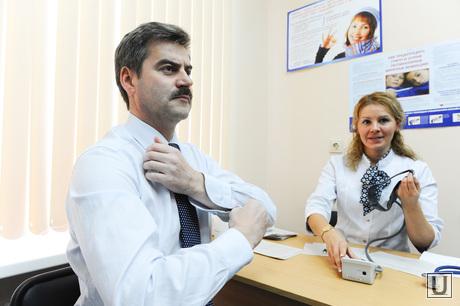 Редин на прививке. Челябинск., врач, редин евгений