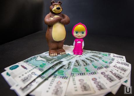 Маша и Медведь с деньгами, деньги, маша и медведь