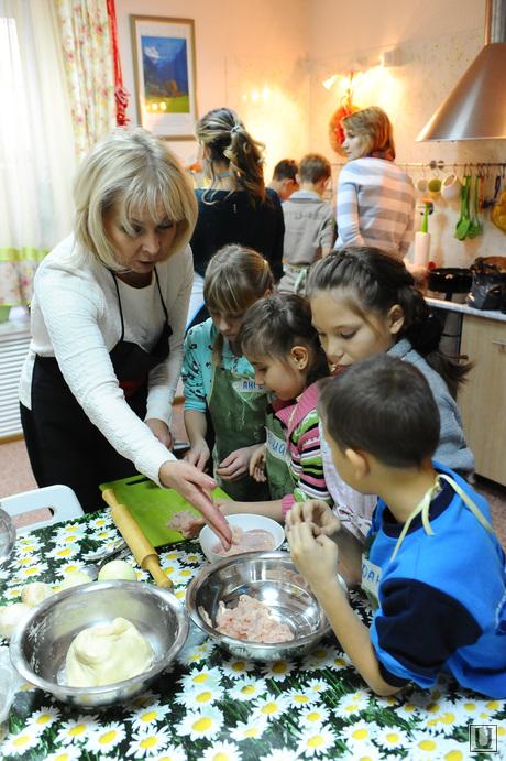 Теплый дом. Челябинск., кухня, семья, дети, карликанова ирина, готовят