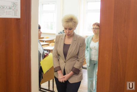 Бадина в школе №21. Нижневартовск., бадина алла, сити-менеджер нижневартовска