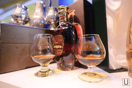 Форум Сочи-2014. Обход стендов, бокалы, дегустация, коньяк, алкоголь