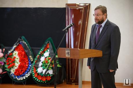 Прощальная церемония и отпевание Николая Васенина. Березовский, дубичев вадим