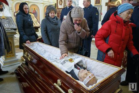 Прощальная церемония и отпевание Николая Васенина. Березовский, васенин николай