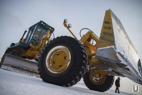 Первый споттинг в Кольцово, бульдозер, грейдер, чистка снег, трактор